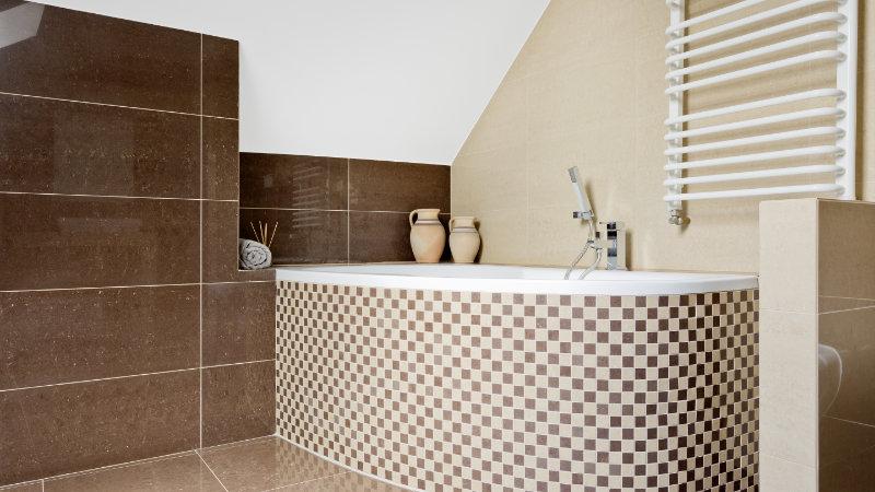baño techo abuhardillado