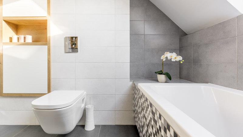 baños abuhardillados techos bajos