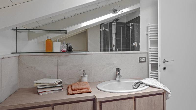 cuartos de baño abuhardillados